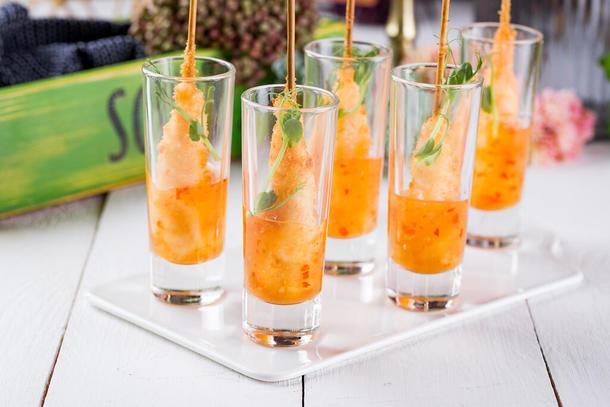 Тигровая креветка в темпуре с кисло-сладким соусом